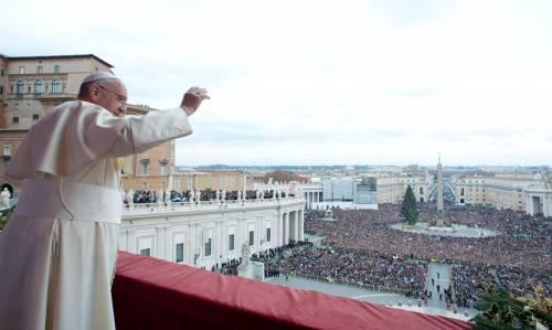 """Il Papa loda Napolitano e Bonino: """"Sono i grandi dell'Italia di oggi"""""""