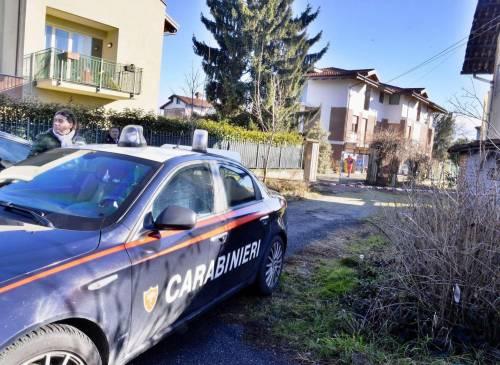 Sterminati nella villetta: «L'assassino si è accanito»