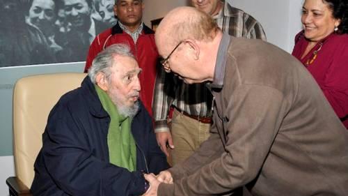 Dopo nove mesi Fidel Castro torna in pubblico all'Avana