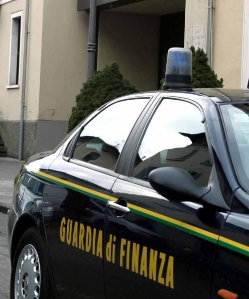 Palermo, blitz antimafia. Anche l'ex Gf Santoianni in manette