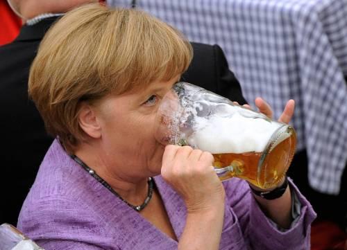 Gli sprechi della sobria Germania 500mila euro per sperma di galli