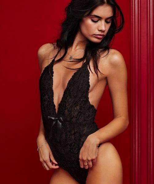 Sara Sampaio, nuovo volto di Victoria's Secret 8