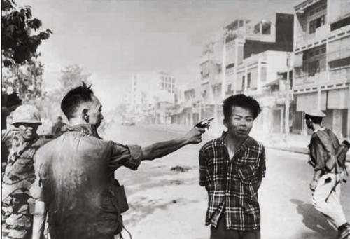 La foto di Eddie Adams diventata simbolo della guerra del Vietnam