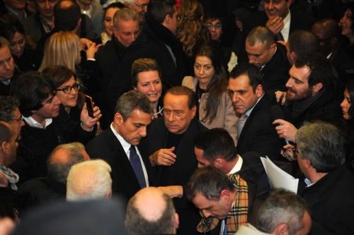"""Berlusconi sente l'aria del '94: """"Alle urne o la va o la spacca"""""""