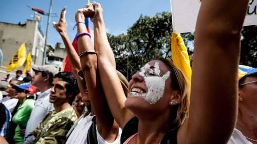 Venezuela, manifestazioni contro Maduro 7