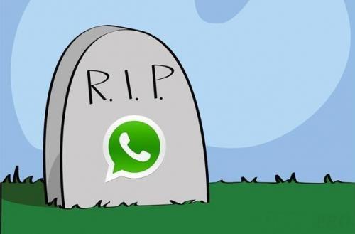 Le reazioni del web al black-out di WhatsApp