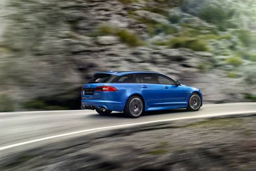 Jaguar XFR-S Sportbrake: tremano Audi RS6 ed E SW 63 AMG