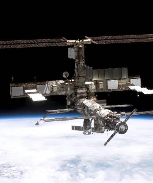 Allarme sulla stazione spaziale Iss. Scattano le procedure di sicurezza