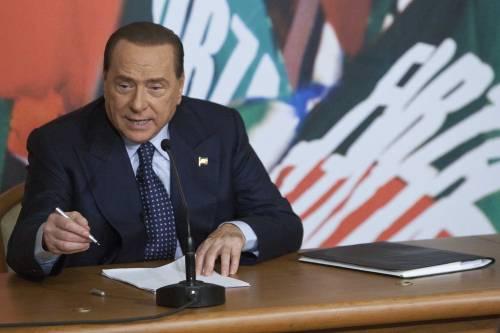 """Il Cav: """"Renzi presenta slide con brio ma resta sinistra delle tasse"""""""