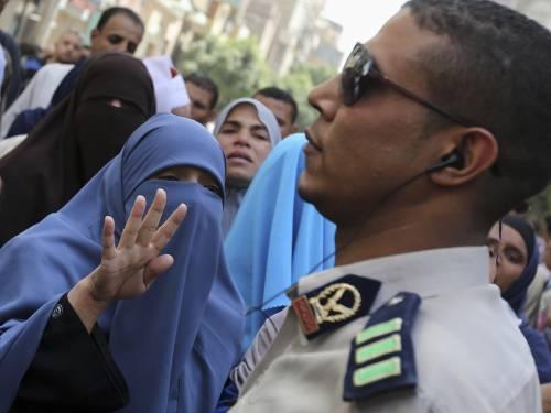 683 condannati a morte in Egitto. Tra loro anche Mohammed Badie