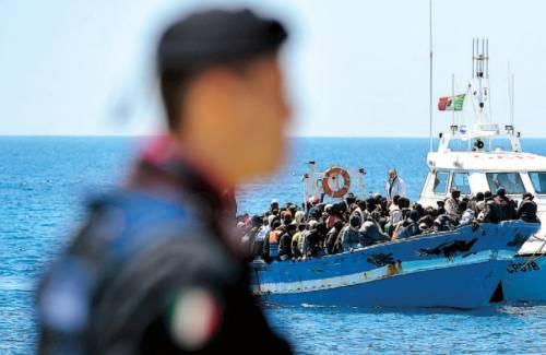 """La Pinotti: """"I rifugiati siano liberi di girare in tutta la Ue"""""""