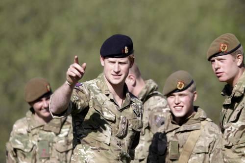 Il principe Harry lascia l'esercito