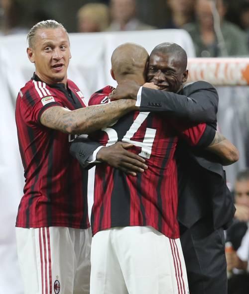 Milan, solo due reti Saluto ultrà a Seedorf  e l'addio a Tassotti