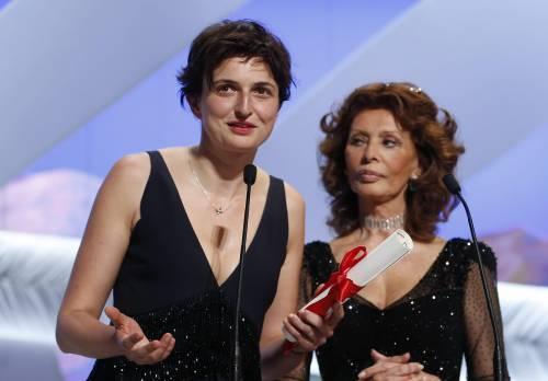 Alice Rohrwacher sul palco con Sophia Loren