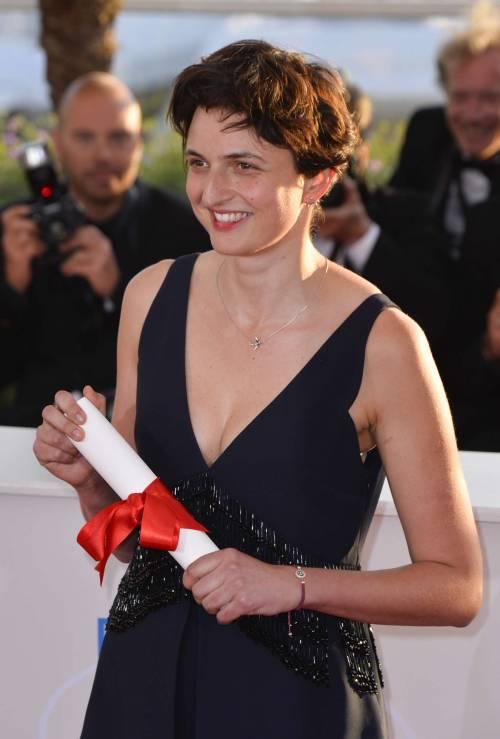 A Cannes un film già visto Il cinema italiano piace  (per i premi consolazione)