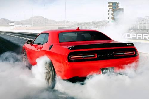 La Dodge Challenger mostra i muscoli