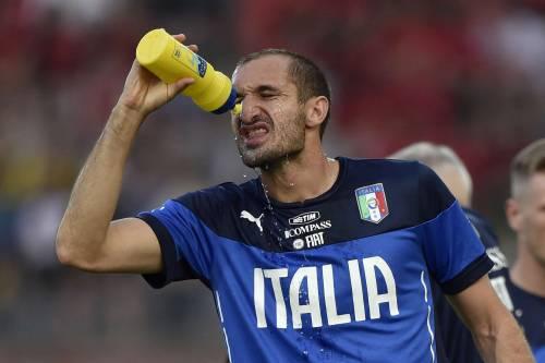 """Allarme Chiellini. """"Calma Cassano, è già dura in undici"""""""