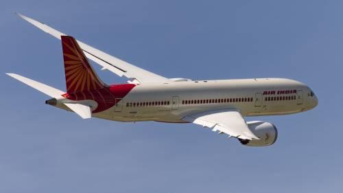 Air India lascia a terra le hostess con qualche chilo di troppo