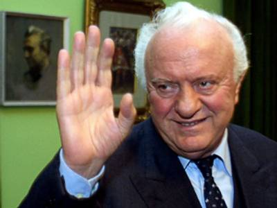 Morto Shevardnadze, ministro degli Esteri di Gorbaciov