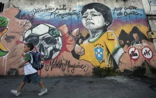 Mondiale finito e Brasiliani divisi sulla sua reale utilità per il Paese