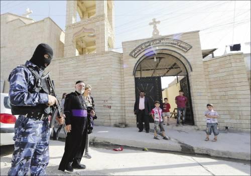 """Altro cristiano decapitato. Il """"Giornale"""" raccoglie fondi per denunciare il martirio"""