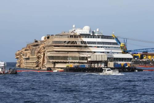 """Concordia, l'accusa dei naufraghi: """"Soldi spariti dalle casseforti"""""""