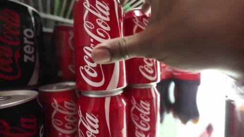 Coca Cola schierata con l'Ucraina adesso boicotta la Russia di Putin