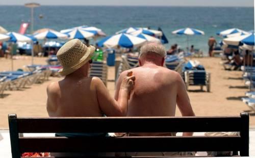 """La grande fuga dei pensionati: """"In Portogallo con 1200 euro in più"""""""