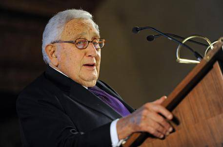 """Kissinger: """"Vi dico cosa ha fatto Napolitano tra il 2011 e il 2014"""""""
