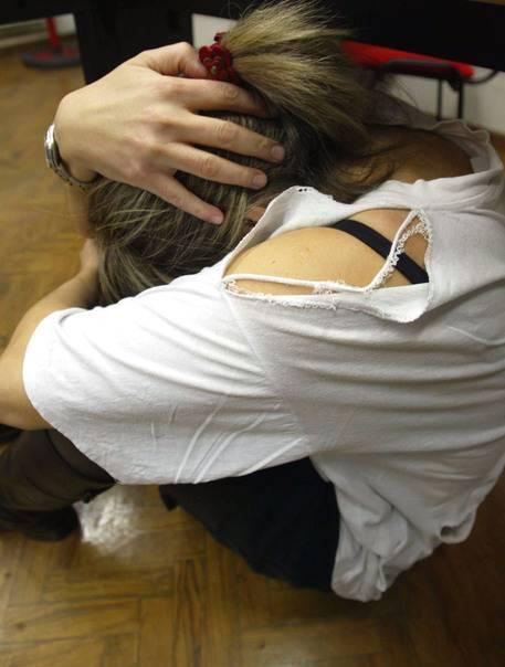 Marocchino tenta di stuprare una giovane. Ma se la cava con l'obbligo di dimora