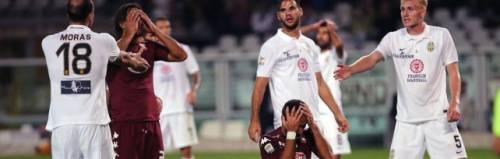La disperazione granata al calcio di rigore sbagliato da El Kaddouri