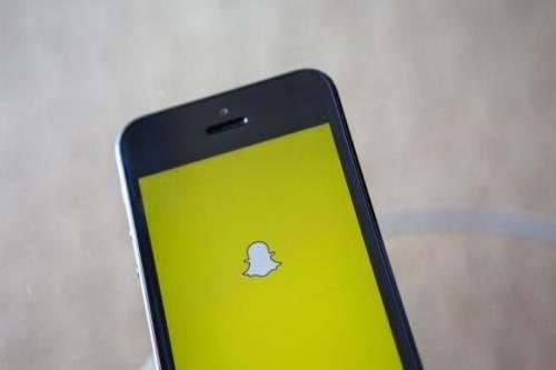 Furto di foto da Snapchat: 13 GB di foto in rete. È allarme pedopornografia