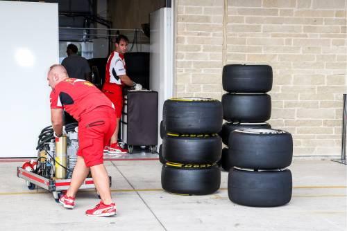 F1 spendacciona e ingorda. E così si brucia sulla griglia