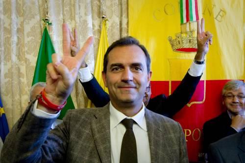 """Tribunale di Napoli: """"No alla sospensione di De Magistris"""""""