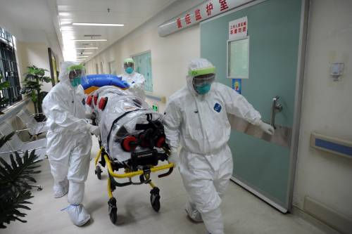 Ebola, violata la quarantena: a Vicenza un ufficiale Usa ricoverato per arresto cardiaco