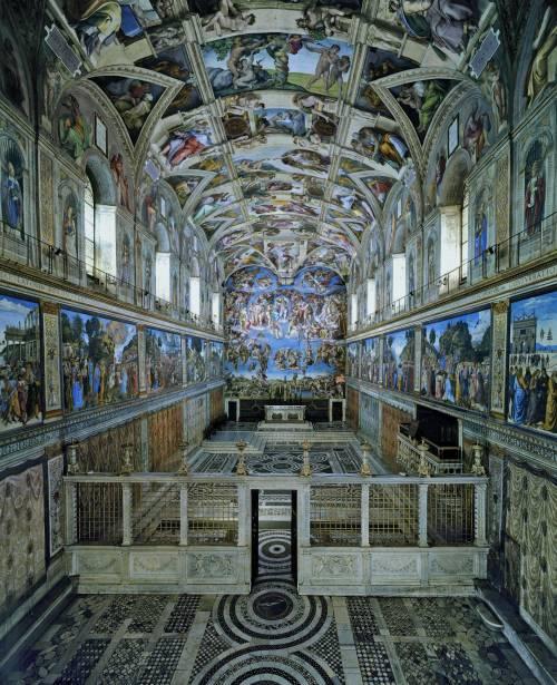 Le tele di Raffaello spostate nella Cappella Sistina. Papa Francesco non informato sui rischi