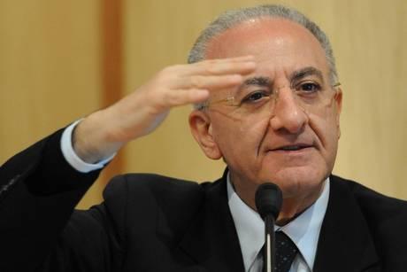 """L'avvocato Pellegrino: """"Ecco perché De Luca non può governare"""""""