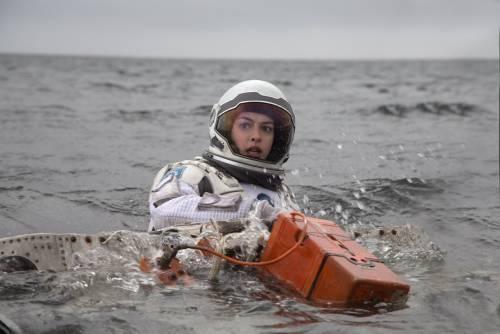 "Anne Hathaway in una scena di ""Interstellar"""