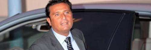 """Costa Concordia, Schettino si difende: """"Non ho abbandonato la nave, non potevo risalire"""""""