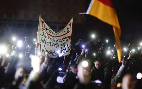 Pegida sbarca in Italia: gli anti-islamici tedeschi saranno al fianco di Salvini