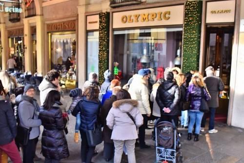 I grandi affari online di un weekend di shopping