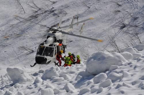 Valanga travolge gruppo di studenti a Deux Alpes