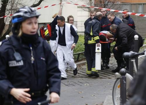 """L'esultanza dei fanatici: """"Chi tocca l'Islam muore"""""""