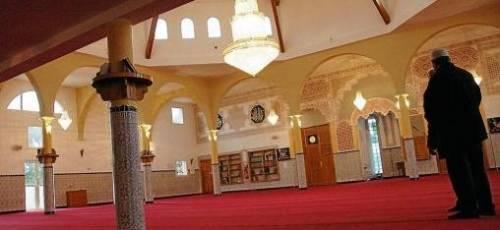 L'interno della moschea di Lunel, sud della Francia