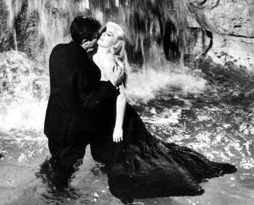 Morta Anita Ekberg, diva di Fellini nella Dolce vita