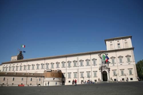 Berlusconi corteggia i centristi per stanare Renzi sul Quirinale
