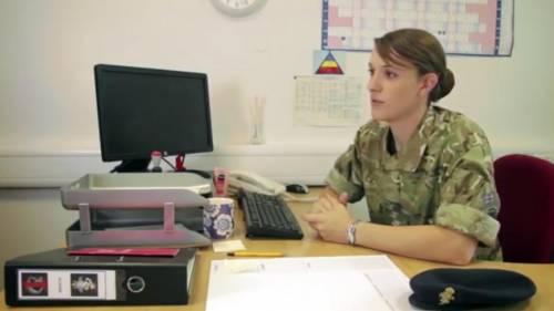 Hannah Winterbourne, capitano transgender 1