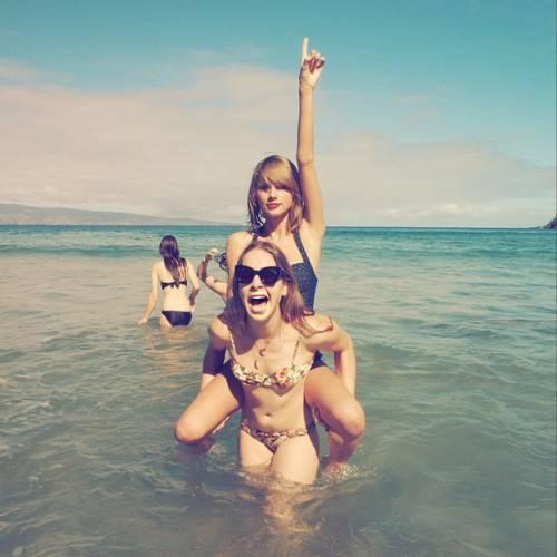 Taylor Swift: in vacanza con le sorelle Haim 5