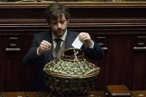 """La minoranza dem in pressing su Renzi: """"Chieda le dimissioni di Lupi"""""""