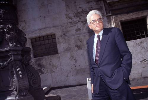 Un presidente a metà: un italiano su due non vuole Mattarella